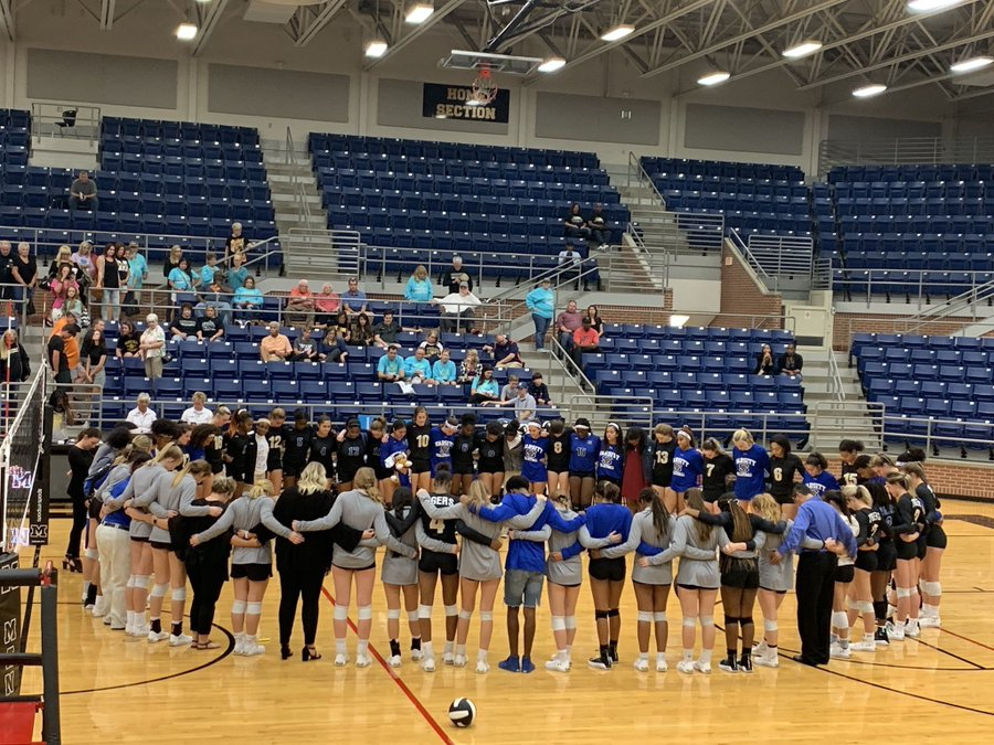 Mansfield Summit volleyball team mourning the death of a teammate